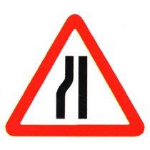 Dia 517 Road Narrows on Nearside Ahead